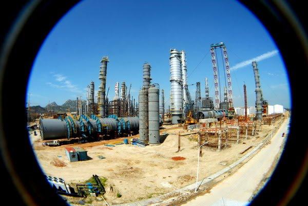 建设中的石化基地(2011)